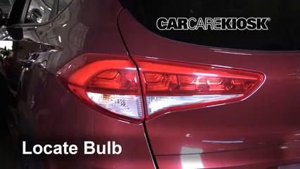 2017 Hyundai Tucson Eco 1.6L 4 Cyl. Turbo Lights