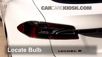 2017 Tesla S 90D Electric Lights Tail Light (replace bulb)