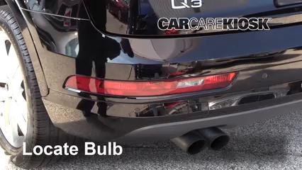 2018 Audi Q3 Quattro Premium 2.0L 4 Cyl. Turbo Éclairage Feu antibrouillard (remplacer l'ampoule)