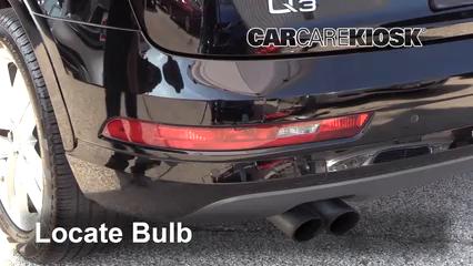 2018 Audi Q3 Quattro Premium 2.0L 4 Cyl. Turbo Éclairage Feux de position arrière (remplacer ampoule)