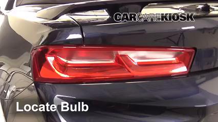 2018 Chevrolet Camaro LT 2.0L 4 Cyl. Turbo Convertible Luces Luz de reversa (reemplazar foco)