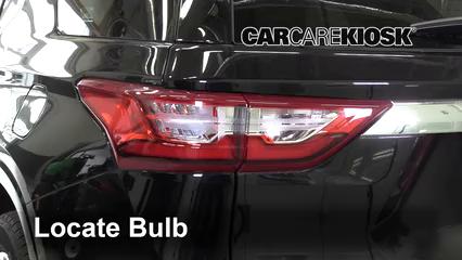 2018 Chevrolet Traverse High Country 3.6L V6 Lights Tail Light (replace bulb)