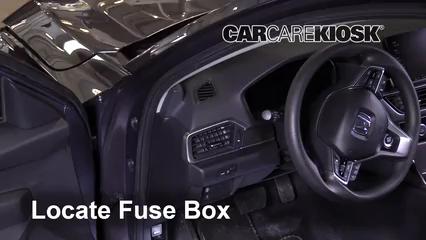 2018 Honda Accord LX 1.5L 4 Cyl. Turbo Fusible (intérieur)