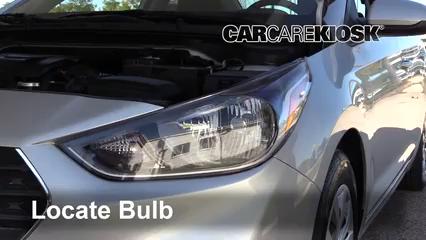 2018 Hyundai Accent SEL 1.6L 4 Cyl. Éclairage Feux de route (remplacer l'ampoule)