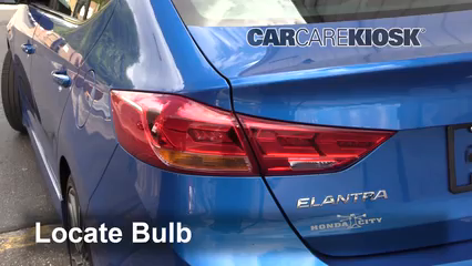 2018 Hyundai Elantra Sport 1.6L 4 Cyl. Turbo Lights