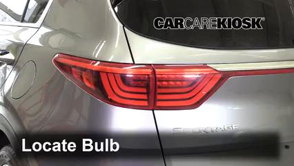 2018 Kia Sportage SX Turbo 2.0L 4 Cyl. Turbo Lights
