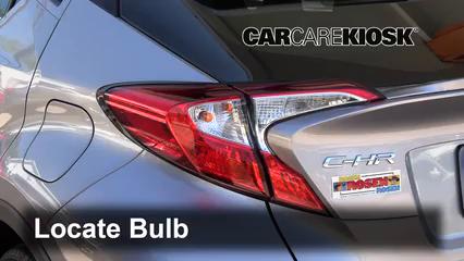 2018 Toyota C-HR XLE 2.0L 4 Cyl. Lights
