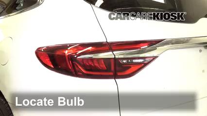 2019 Buick Enclave Premium 3.6L V6 Lights