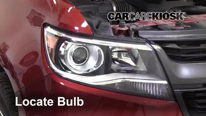 2019 Chevrolet Colorado Z71 2.8L 4 Cyl. Turbo Diesel Crew Cab Pickup Lights Headlight (replace bulb)