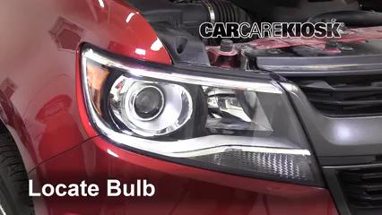 2019 Chevrolet Colorado Z71 2.8L 4 Cyl. Turbo Diesel Crew Cab Pickup Lights Parking Light (replace bulb)