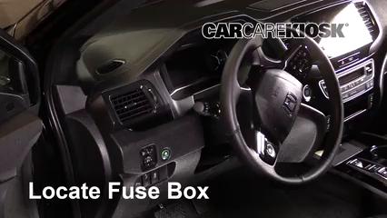 2019 Honda Passport Elite 3.5L V6 Fusible (intérieur)