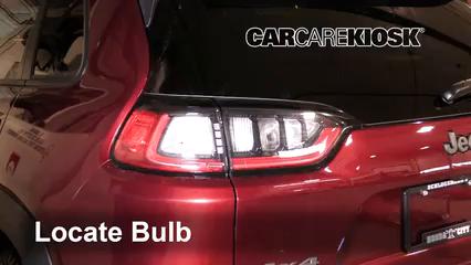 2019 Jeep Cherokee Trailhawk Elite 3.2L V6 Lights