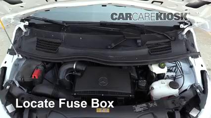 2019 Mercedes-Benz Metris 2.0L 4 Cyl. Turbo Mini Cargo Van Fusible (motor) Control