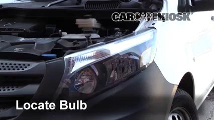 2019 Mercedes-Benz Metris 2.0L 4 Cyl. Turbo Mini Cargo Van Luces Luz de marcha diurna (reemplazar foco)