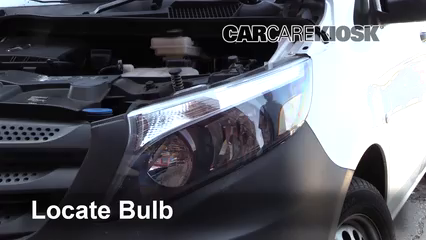 2019 Mercedes-Benz Metris 2.0L 4 Cyl. Turbo Mini Cargo Van Luces Luz de giro delantera (reemplazar foco)