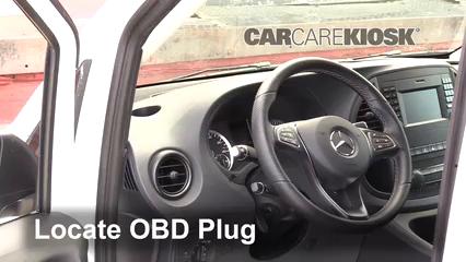 2019 Mercedes-Benz Metris 2.0L 4 Cyl. Turbo Mini Cargo Van Compruebe la luz del motor Diagnosticar