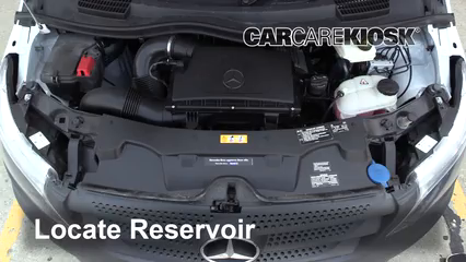 2019 Mercedes-Benz Metris 2.0L 4 Cyl. Turbo Mini Cargo Van Líquido limpiaparabrisas Controlar nivel de líquido