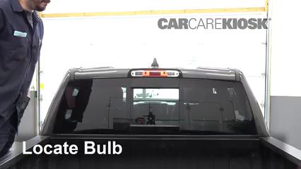 2019 Ram 1500 Big Horn 5.7L V8 Crew Cab Pickup Luces Luz de freno central (reemplazar foco)