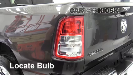 2019 Ram 1500 Big Horn 5.7L V8 Crew Cab Pickup Luces Luz de reversa (reemplazar foco)