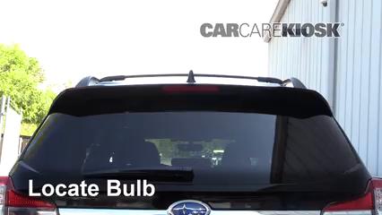 2019 Subaru Ascent Premium 2.4L 4 Cyl. Turbo Luces Luz de freno central (reemplazar foco)