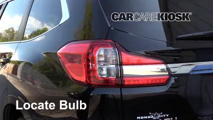 2019 Subaru Ascent Premium 2.4L 4 Cyl. Turbo Luces Luz de reversa (reemplazar foco)