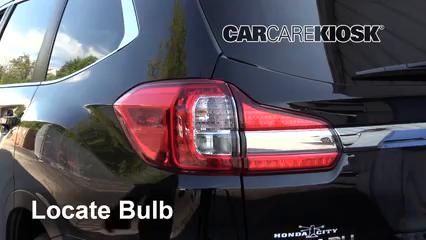 2019 Subaru Ascent Premium 2.4L 4 Cyl. Turbo Luces Luz trasera (reemplazar foco)